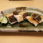 54748102 - 穴子の藁焼きたたき(1000円)