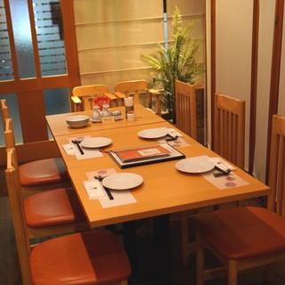 中国料理 琥珀 - 内観①