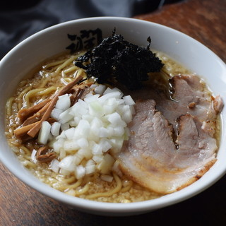 酒麺亭 潤 - 料理写真:中華そば