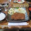 とんてつ - 料理写真:特選ロースカツ定食1,650円と黒カレーのトッピング