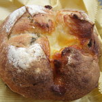 ロバ - あおさとクリームチーズのパン