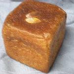 5476465 - ブリオッシュ生地のクリームパン