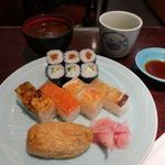 箱寿司 - おすすめセット(赤だし付) 760円