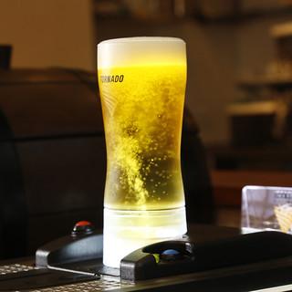 下から湧き出る「生ビール」♪