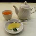 京華飯店 - サービスのデザート