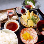 54769188 - 太刀魚定食