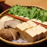 太田なわのれん - ぶつ切り牛鍋の野菜