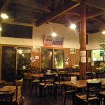 インド料理専門店 ケララハウス - 店内夜