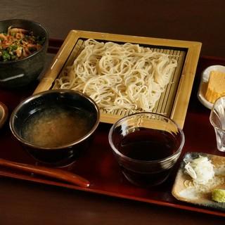 鳴瀧園 ふくろう亭 - 料理写真:本日の定食