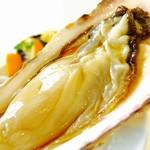 54793312 - ぷりぷりの岩牡蠣♡チュルっと一口で食べちゃう!!