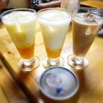 カトマンド - マンゴーラッシー¥300×2・マサラチャイ(アイス)¥250