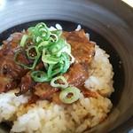 東条うどん酒処 - ミニ豚とろ丼