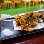 国頭港食堂 - モズクの天ぷら