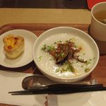 粥茶館 糖朝 - 季節のお粥「陳麻婆粥」