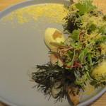 54807492 - 前菜・大山鶏手羽元のコンフィ―/トウモロコシ/紫マスタード/ミモレット
