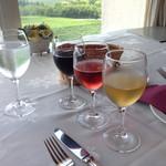 シャトーレストラン ナパ・バレー - 飲み比べセット?忘れてしまいましたが、赤、ロゼ、白を楽したと思います。