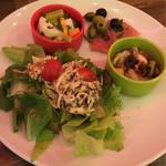 CONA - 前菜、サラダ
