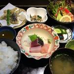 新明や - ★★★★ 鮎御膳 鮎の塩焼き、鮎の天ぷら、鮎の南蛮漬け 他 出しが美味しいお料理