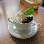 LIL'RIRE CAFE - 定番フローズン・ヨーグルト