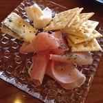 カフェ レンテ - 生ハムとチーズ