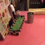 インドレストラン ガンジス キューズタウン店 - テーブル席(紙ナプキン完備)