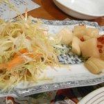 氷花餃子 本店 - サラダ