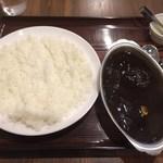 大島 - 「シャヒジャルカレー」950円