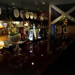 Bar H - 店内の様子①