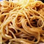 東華園 - 全粒粉使用の中華麺