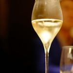 54830739 - H28.8月 シャンパン