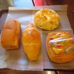 ミッシェル - 豆乳クリームパン、塩パン、枝豆チーズ、マンゴークリーム