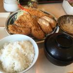 とんかつ浜勝 - 料理写真:浜勝スペシャル定食  ¥1,825
