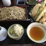 54838321 - 野菜と海老天十割そば