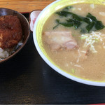 一風亭 - 料理写真:ミニカツ丼+みそラーメン