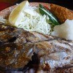 季節料理 べん作 - 黒むつ塩焼き定食、魚アップ