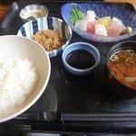 季節料理 べん作 - 刺身定食