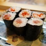 ミキ寿司 - トロ巻と筋子巻