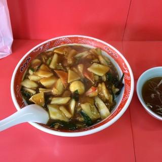 大門 - カレー中華丼大盛り。