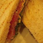 5485238 - 生ハムを何層か挟んだサンドイッチの切り口。