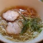 RA-MEN BAR NAGOMI - 醤油らーめん [ 700円 ]  伊達地鶏スープベース