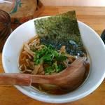 中華そば de 小松 - 鶏と焼干の正油中華そば