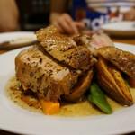 アヒル食堂 - 奥入瀬ポーク厚切りロースト・燻製風味