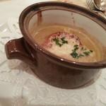 コロンブス - 本日のスープ>オニオンスープは半分で貰う。非常に濃厚。
