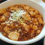 萬壽園 - 麻婆豆腐。辛みは殆どありません。みそ味のホッとする味付け。