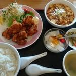 萬壽園 - 唐揚げと麻婆豆腐のセット