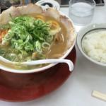 ラーメン横綱 - 彩ラーメン(並) & ご飯+餃子