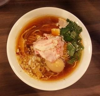 自家製麺 鶏冠 - 醤油鶏そば味玉入り850円/平成28年8月