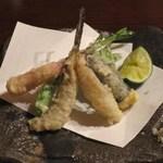 蕎麦 惠土 - メゴチ、鱧の卵、新ショウガ、唐辛子の天ぷら