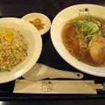 らーめん 江南 - ラーメン炒飯セット