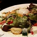 Cafe & Dining SOLA - 彩り鮮やかなシーザーサラダ